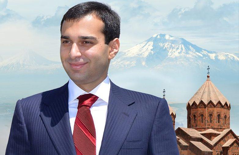 Արտաշատի Նախկին քաղաքապետ Արգամ Աբրահամյանը 4.000.000 դրամ աջակցություն է տրամադրել Արտաշատի բժշկական կենտրոնին